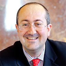 Dr. Francisco Ayala de la Peña