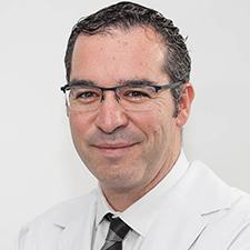 Dr. Luis de la Cruz