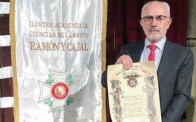 El doctor Vicente Guillem ingresa en la Academia de Ciencias de la Salud